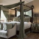 Кровать с пружинным блоком